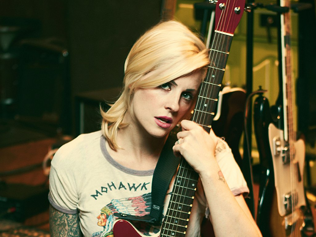 Brody Dalle Nude Photos 83