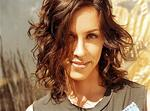 "Alanis Morissette: Video zu ""Guardian"""