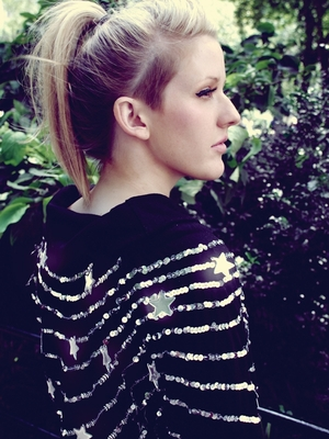 "Ellie Goulding: ""Beating Heart"" im Videoclip"