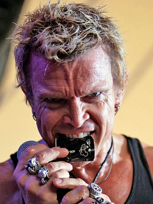 "Billy Idol: Erstes Video von ""Kings & Queens ..."""