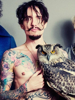 "The Darkness: Das Video zu ""Barbarian"""
