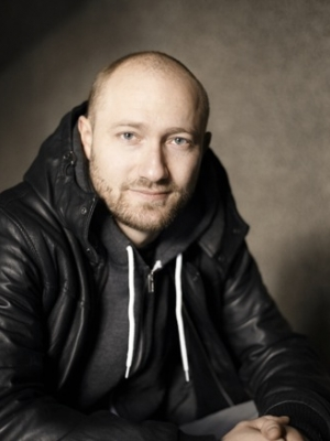 "Paul Kalkbrenner: Neues Video zu ""Cloud Rider"""
