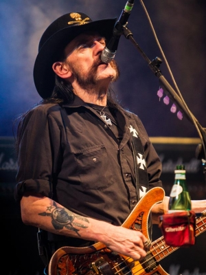 "Motörhead: Neuer Song ""Thunder & Lightning"""