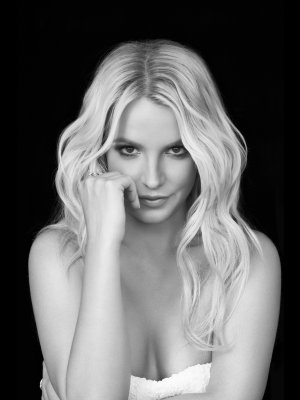 "Britney Spears: Neuer Song ""Make Me"" im Stream"