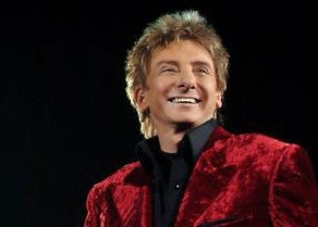 Barry Manilow mit »(There's No Place Like) Home For The Holidays« auf laut.fm/weihnachthitradio