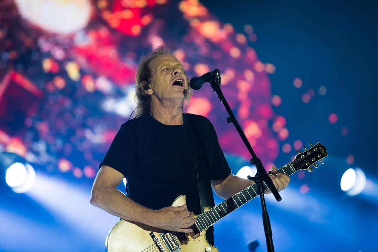 AC/DC – Stevie Young.