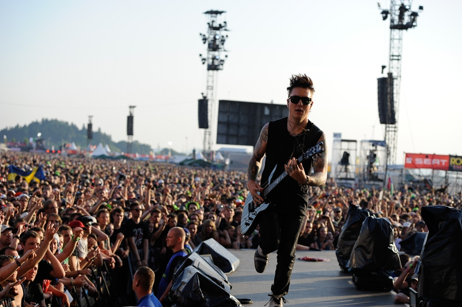 Avenged Sevenfold – Hail To The King Of The Ring! – Synyster Gates