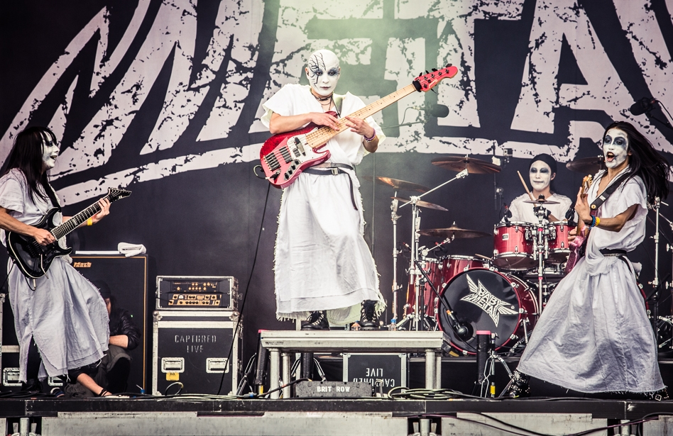 Babymetal – Voller Einsatz on stage: Metal à la Japan. – Metal!