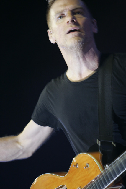 "Bryan Adams – Mr. ""Summer of 69"" schaut in der Philipshalle vorbei –"