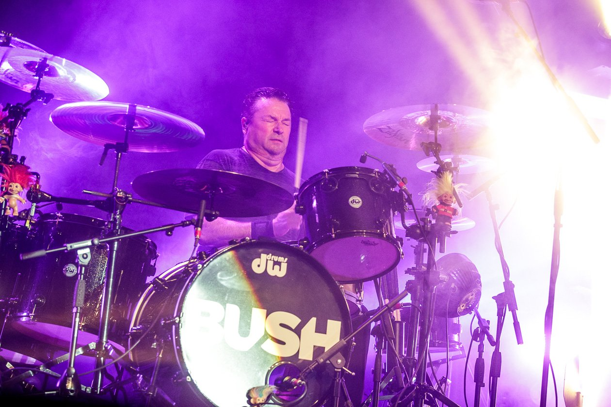 Bush – Gavin Rossdale und Co. on stage in der Domstadt. – Robin Goodridge.