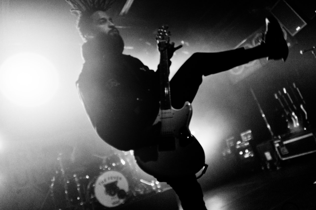 Fever 333 – D333monstration im ausverkauften Berliner Kult-Club SO36! – Gitarrist Stephen Harrison.