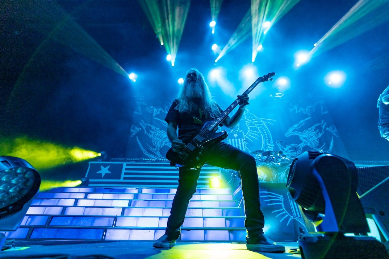 Auf Abschiedstour in Berlin mit Lamb Of God, Anthrax und Obituary. – John Campbell.