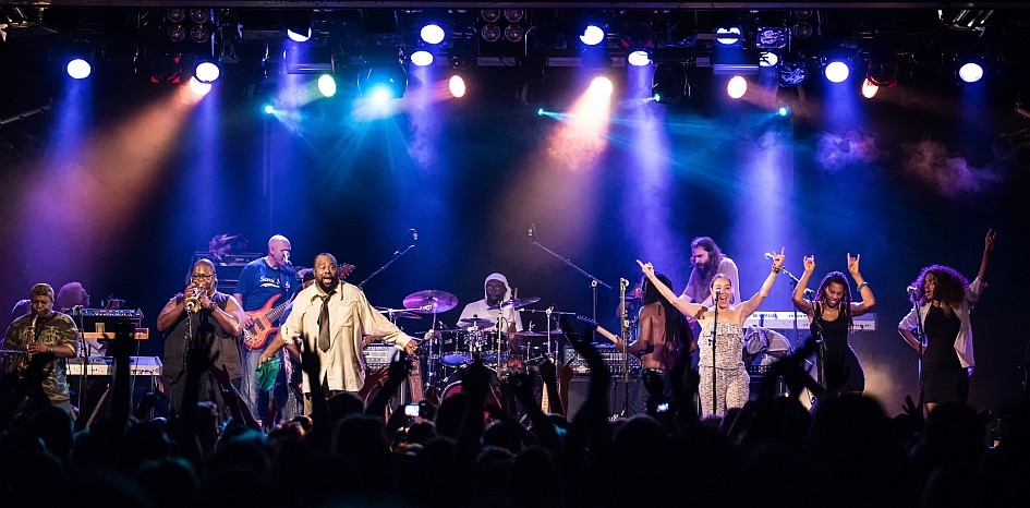 The Mothership has landed! – George Clinton & Parliament Funkadelic.