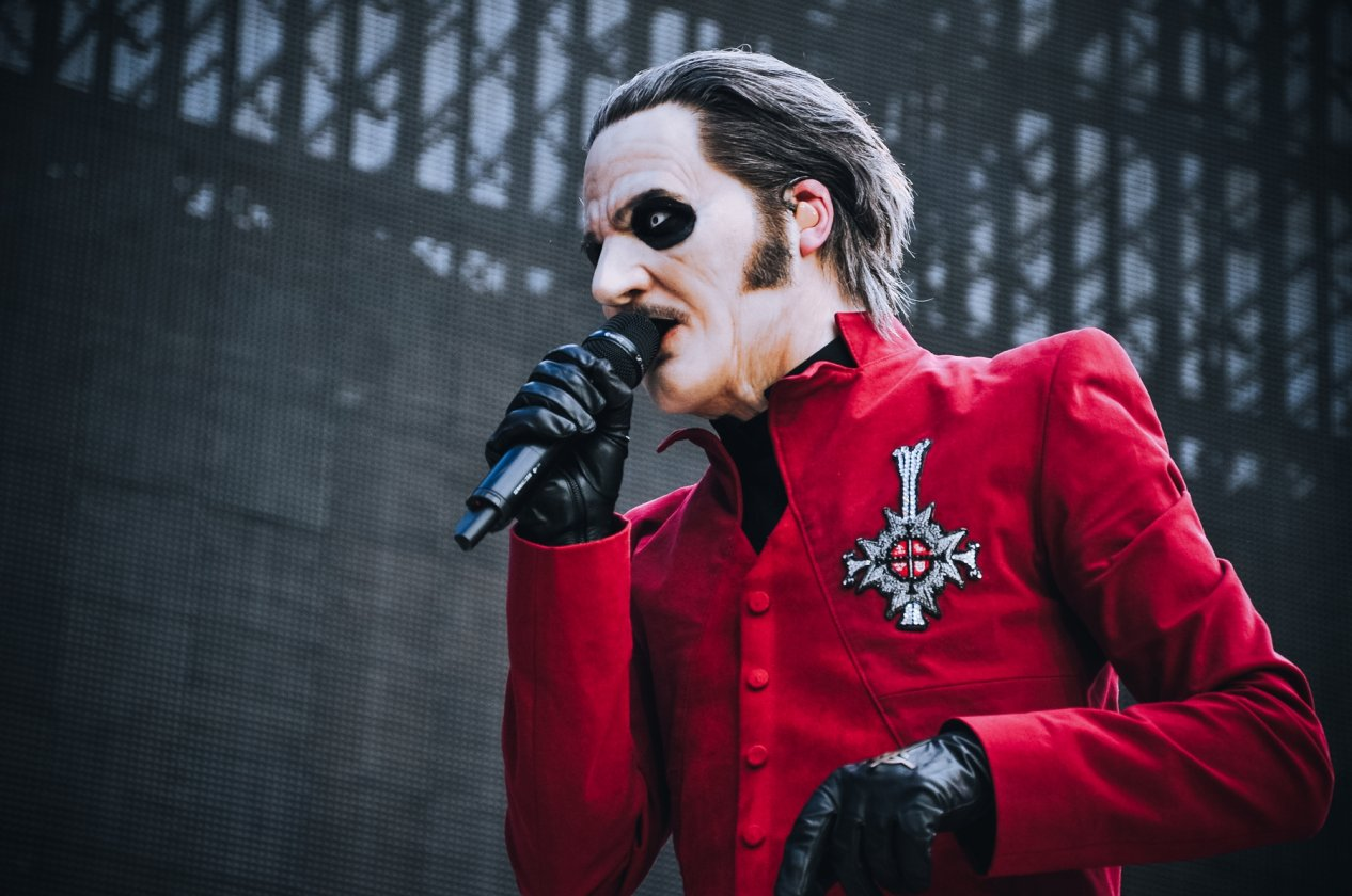 Stadion-Rock können sie: Ghost als Metallica-Support-Act. – Cardinal Copia.