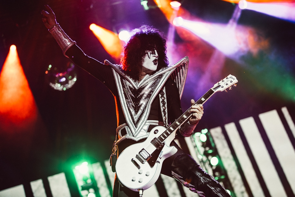 Kiss – Tommy Thayer.