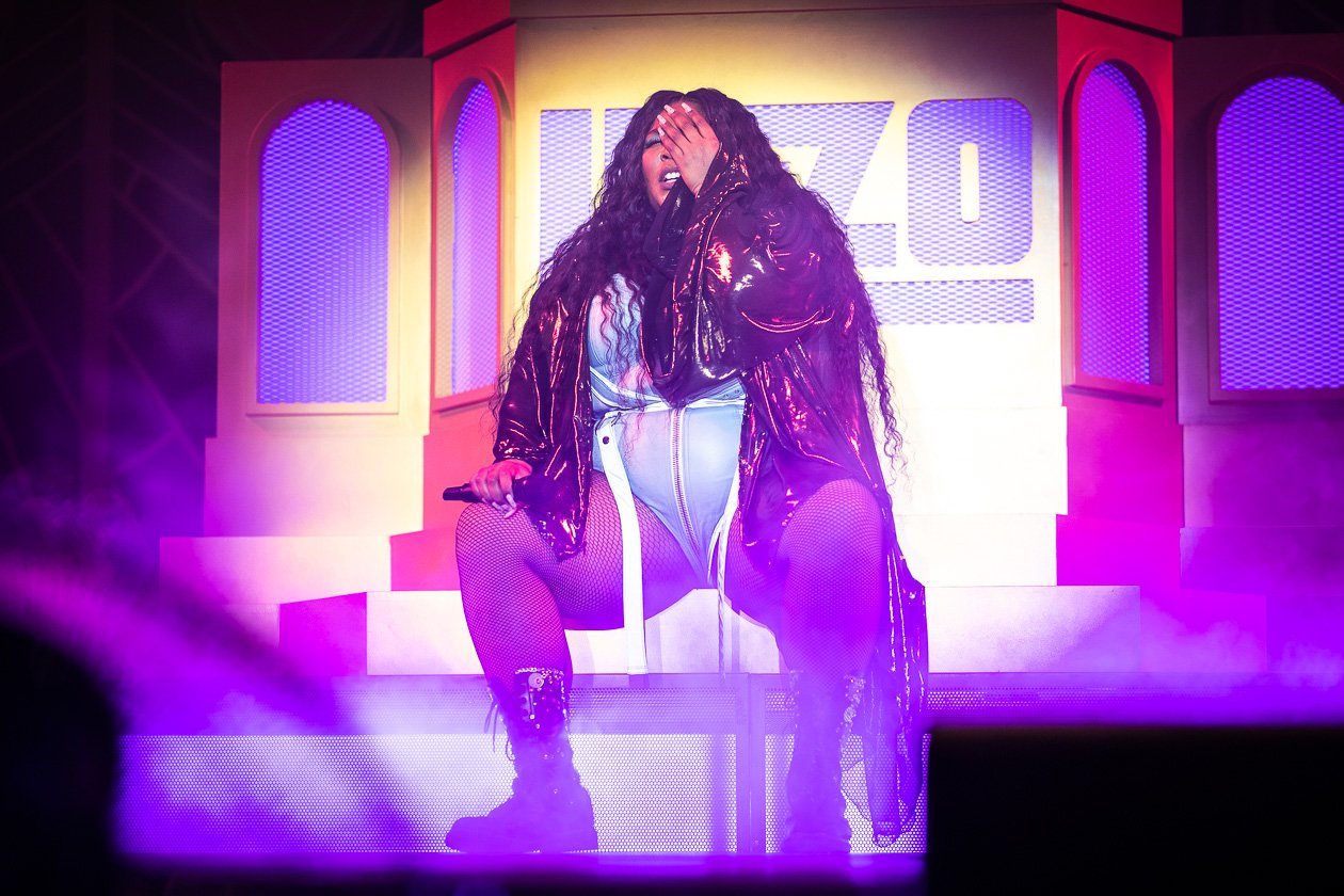"Die Rapperin und Aktivistin 2019 mit dem Album ""Cuz I Love You"" on tour. – Lizzo."