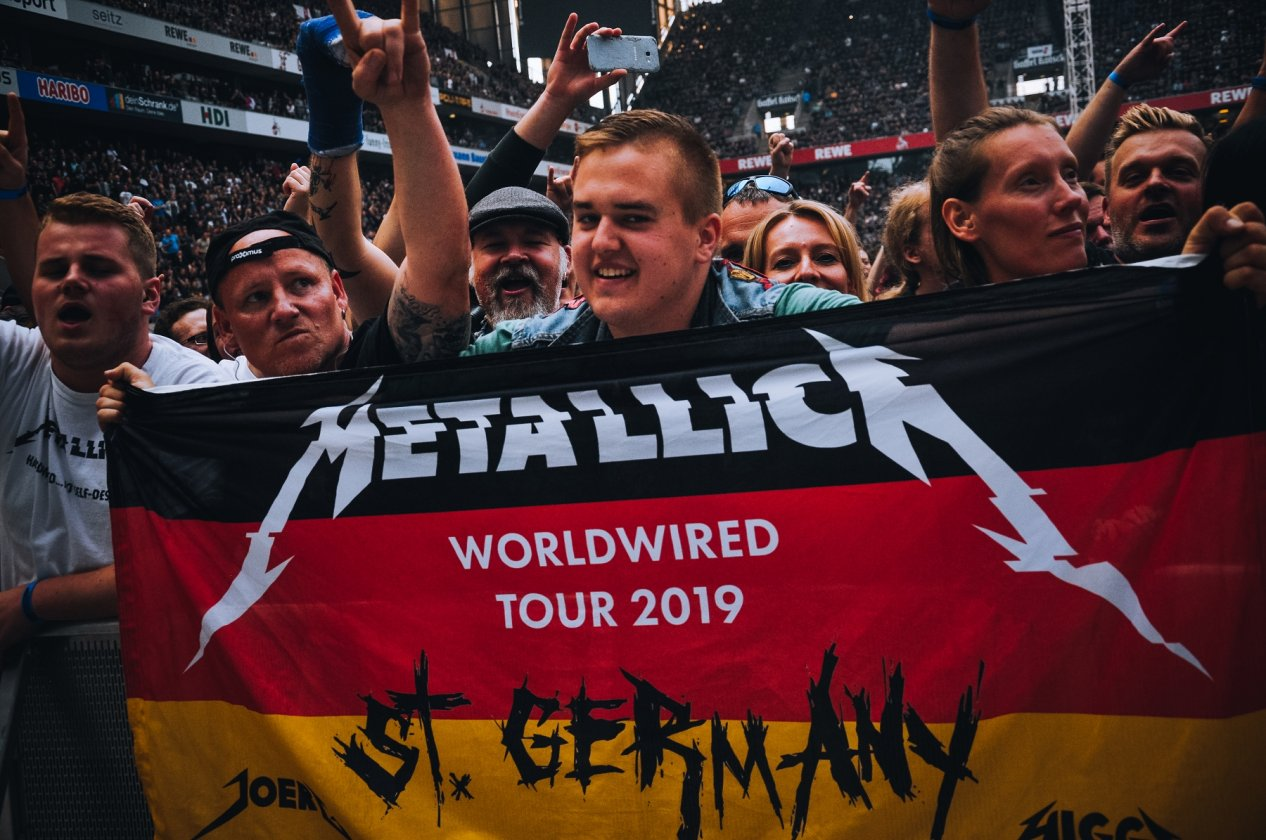 Metallica – Europe Awakens! Papa Het and Friends live in Köln. – St. Germany.