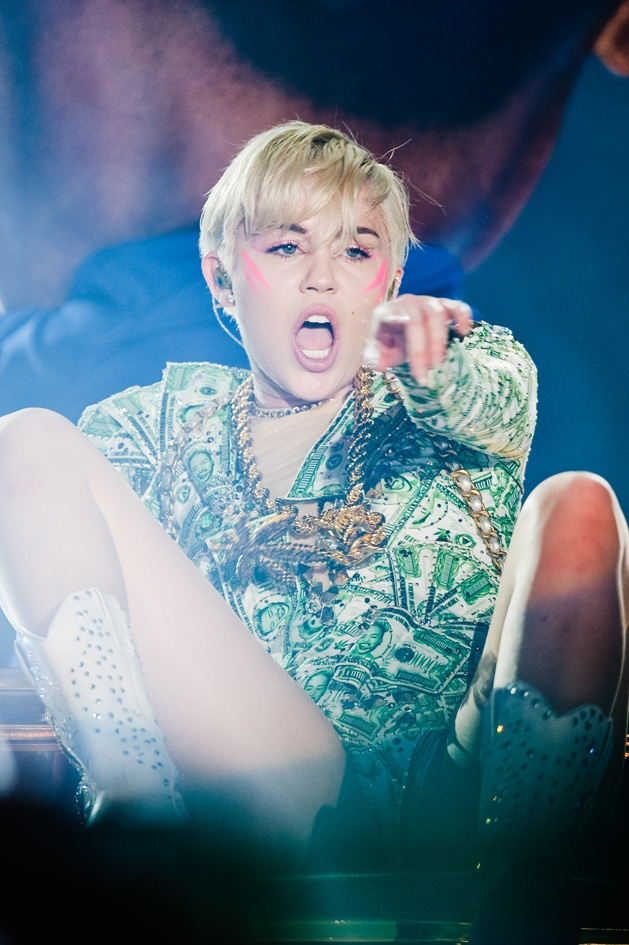 Miley Cyrus – Are you ready?