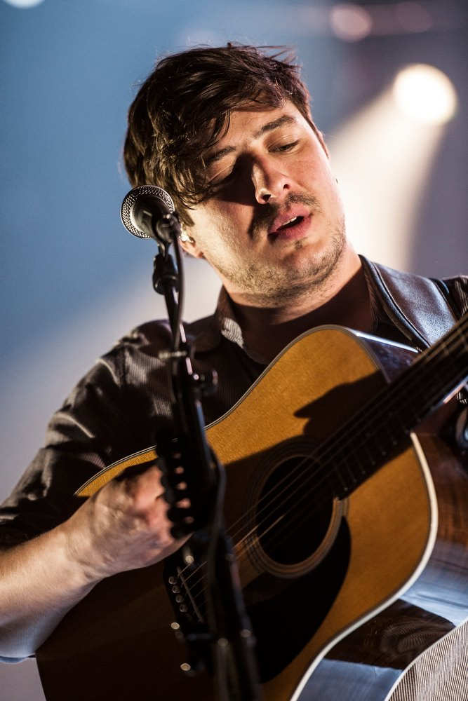 Die London-Boys in der Mitsubishi Electric Halle. – Mumford & Sons.