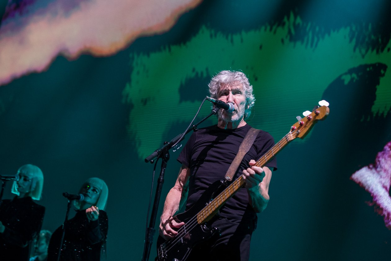 Roger Waters – Roger Waters.