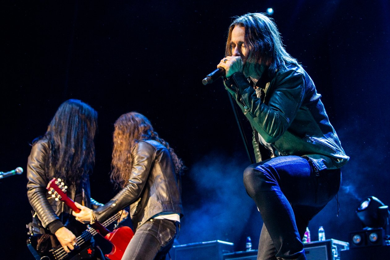 Slash – Myles Kennedy & The Conspirators.