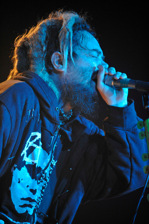 Soulfly – Bang your head to this! Max Cavalera in Rage. – Max am Mikro.
