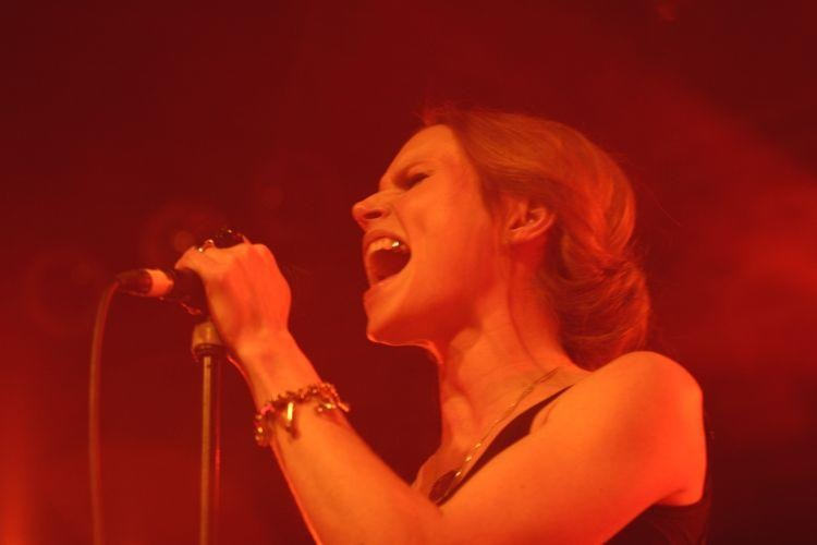 The Cardigans – Kostenloser Greatest-Hits Kurzgig in der Live Music Hall zu Köln –