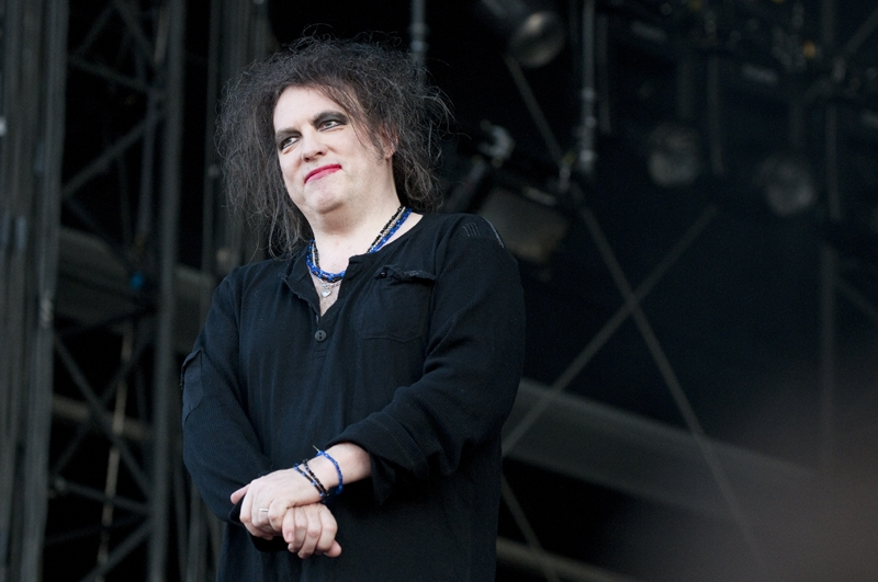 Überall Heimvorteil: Robert Smith und Band. – The Cure.