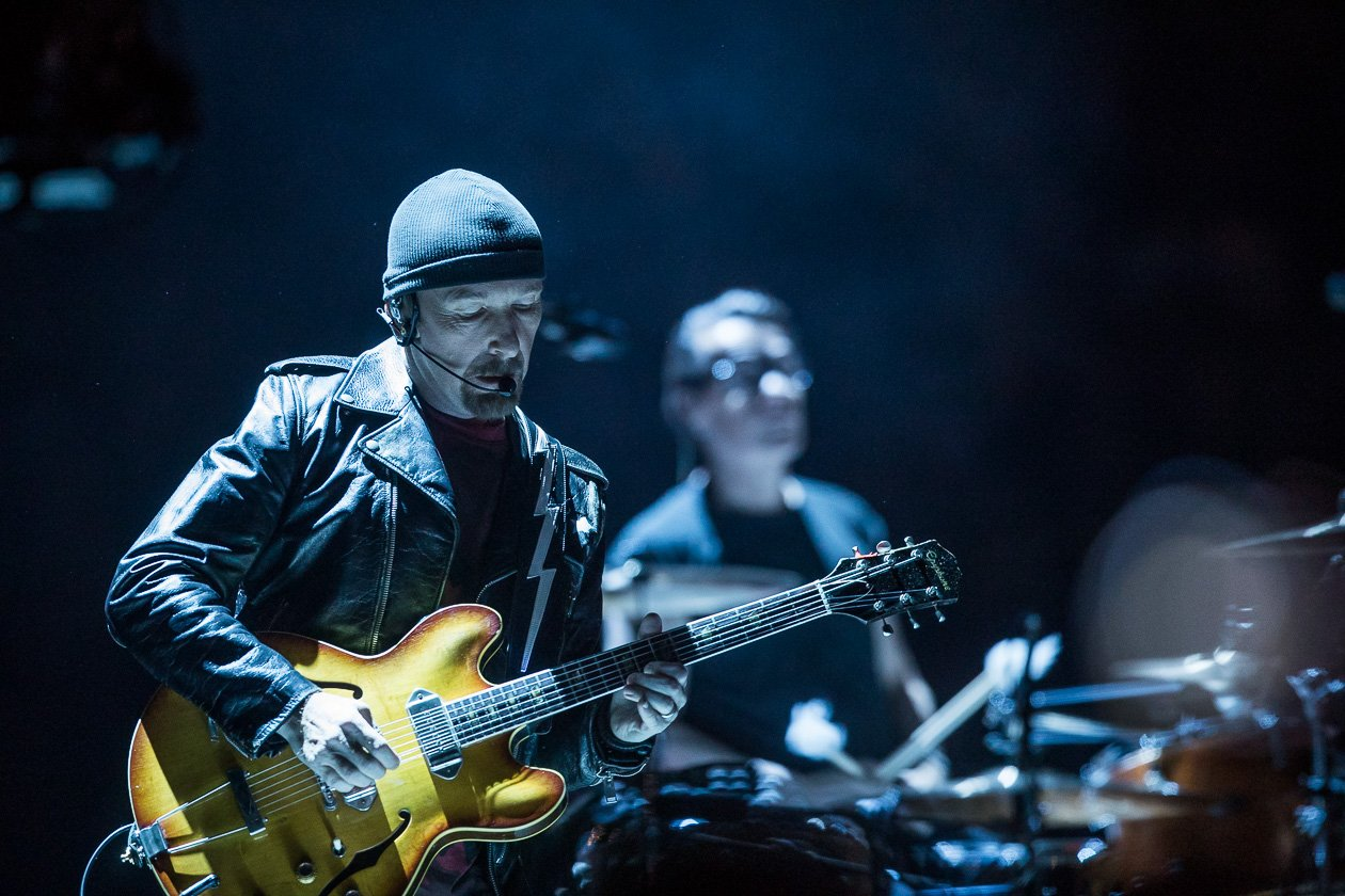 "U2 beim Europa-Start der eXPERIENCE + iNNOCENCE Tour 2018 in Berlin – U2 starten mit ""Lights of Home"" und spielen alte Hits wie ""Sunday, Bloody Sunday"", ""One"" und ""Vertigo"""