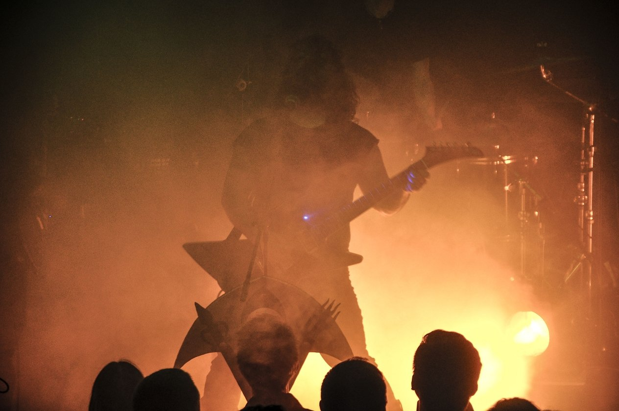 "Wolves In The Throne Room – Wolves In The Ruhrpott: ""Thrice Woven"" live in Bochum. – The Old Ones Are With Us."