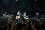 U2 und Eagles Of Death Metal,  | © laut.de (Fotograf: Rainer Keuenhof)