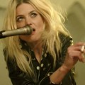 "The Kills - Neues Video zu ""Doing It To Death"""
