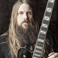 "Mark Morton - ""Cross Off"" feat. Chester Bennington im Video"