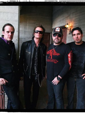 "Black Country Communion: Neuer Song ""Collide"" im Stream"
