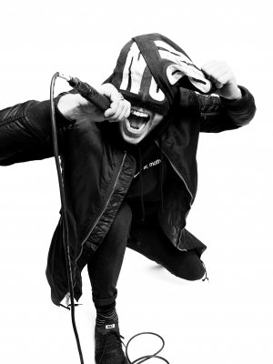 "The Bloody Beetroots & Jay Buchanan: Video zu ""Nothing But Love"""