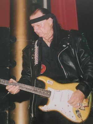 King of the Surf Guitar: Dick Dale ist tot
