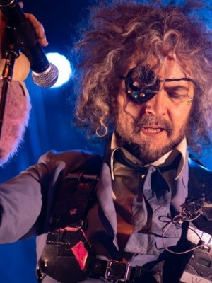 Vorchecking: Flaming Lips, Sabaton, Xavier Naidoo, Sum 41